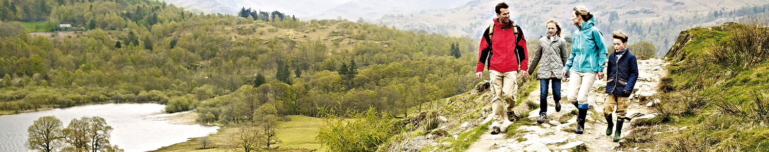 A family hiking near Rydal.