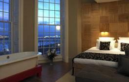 Enjoy a romantic getaway in Brighton