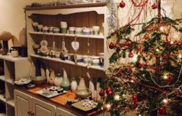 Create unique Christmas gifts at Hot Pot Pottery