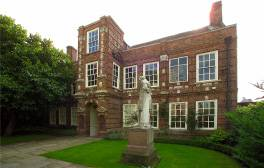 Explore the home of William Wilberforce
